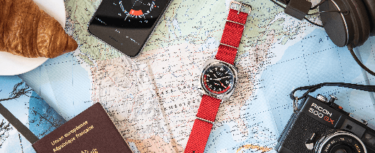 Lancement-Clubmaster-GMT-Traveler-2019-06