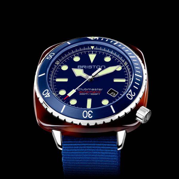 Close-up-Clubmaster-Diver Pro-21644.SA.T.15.NNB